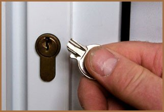 City Locksmith Shop Orlando, FL 407-552-4020